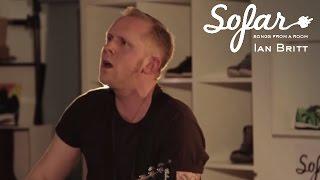 Ian Britt - Staying Alive   Sofar London