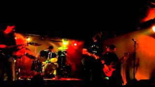 Duskwood - 4. Elefantes En Europa (Cover Divididos) (Live @ Greens)