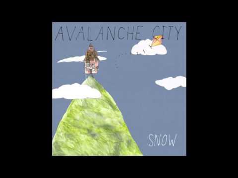 avalanche-city-snow-simon-a