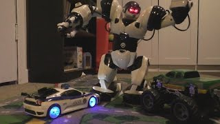 CRAZY POLICE CAR VS ROBOT! Toy Cars ACTION! Kids FUN!
