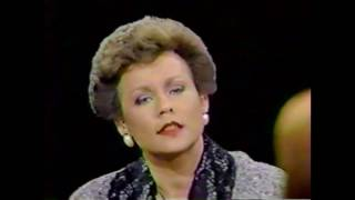 Sheena Easton - Live At Five Interview '89