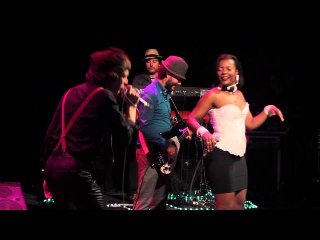 Video oficial de Free Soul Band I Can't turn you loose