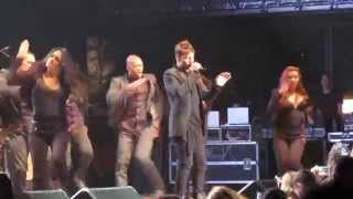 RICKY MARTIN ft PITBULL  - MR PUT IT DOWN LIVE CONCIERTO HD
