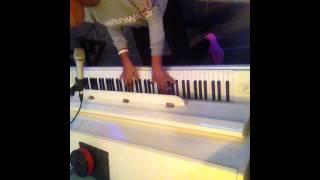 La La La - Naughty boy ft Sam smith (cover by shaina )