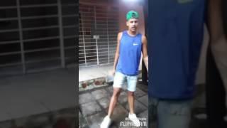 Livinho da dança/coreografia da música estremece/MC cego abusado
