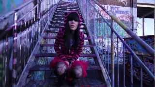 Премиера 2012! Мона - Free (Official HD Video)
