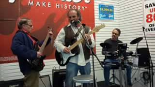 Missing Link Us Band - What She Wants To - Aug 17 2016 - Live!