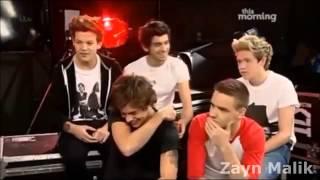 Zayn Malik Hits A Harry Styles