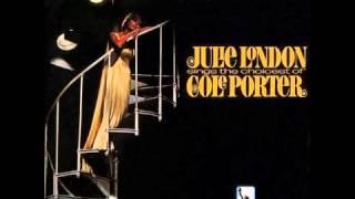 Julie London ft. Joe Pass - You Do Something To Me