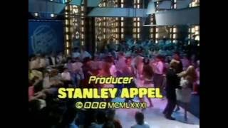 Legs & Co on TOTP dance to Stars On 45 vol 2 by Starsound