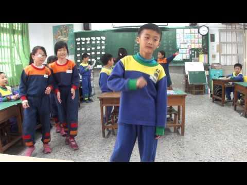 20151208故事演練第一次---國王的新衣裳 - YouTube