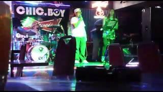 """KC Estrellado Guest singing """"Pagdating Ng Panahon"""" by Aiza Seguerra @ Chicboy Bar"""