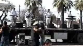 grupo descarga musical QUIERO SENTIR TU PIEL .wmv