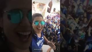 Vivian Amorim comemora vitória do Caprichoso em Parintins