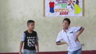 Niño interpreta papel de Sandy en 'You're the one that i want' de Grease y se hace viral