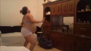 dançando para estimular o parto 38 S +3 D