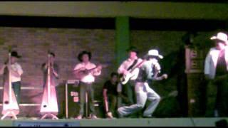 EL BAILE DEL PAVO - Juan Farfan en Trinidad