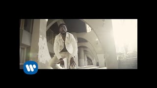 Tracklist Player Tinie Tempah - Holy Moly (Official Video) Download
