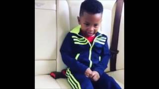 WIZKID'S SON CRIES THEN DANCES TO HIS FATHER'S SONG