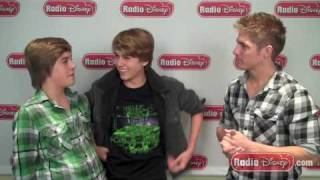 The Sprouse Twin Challenge with Dylan and Cole