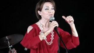 Irena Jarocka  - By coś zostało z tych dni