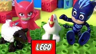 Disney Heróis de Pijama PJ Masks brincando com Lego Duplo My First Farm 10217 Brasil ToysBR