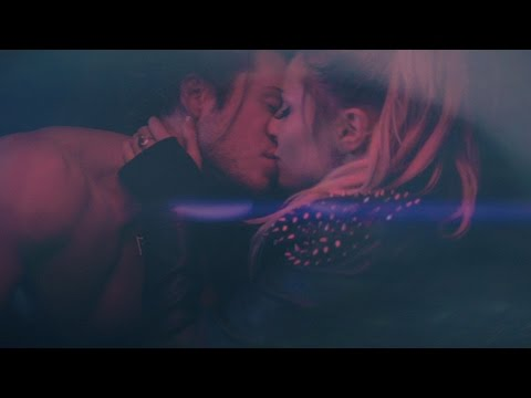 Grandtheft & Delaney Jane - Easy Go (Official Music Video)