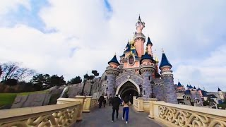 360 VR Tour | Disneyland Paris | Sleeping Beauty Castle | Outside and inside | No comments tour