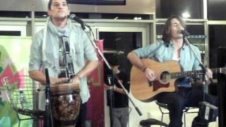 """Ricky y Mau """"MR"""". Canta y no pares (Dot Baires 27/07)"""