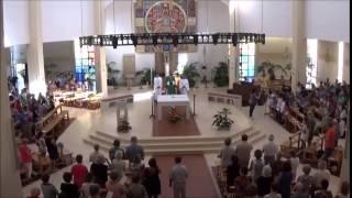 """2015 - """"Deus está aqui"""" - Igreja de São Pedro do Mar, Quarteira"""