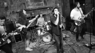 Bootleg Glory - Young Ambition (Live)