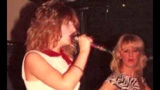 "She ""Lonely Nights"" Dingwalls 1984"