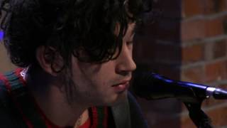 The 1975 - She Lays Down [Live In The Sound Lounge]