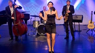 Jazz &  Lounge | Medley - 4 at the club