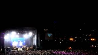 Pitbull Live @Chicago's Northerly Island - I Know You Want Me