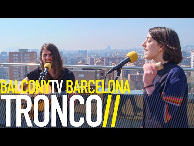 Video en directo de Tronco para Balcony Tv - El Papel