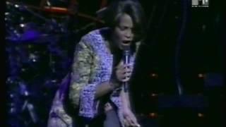 Rare Live Clip Heartbreak Hotel Madison Square Garden 1999 Whitney Houston