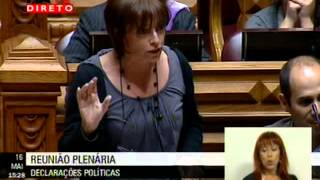 """Cecília Honório: """"A esta direita não faltam esqueletos a sair dos baús"""""""