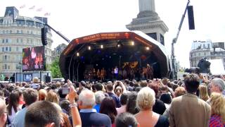 West End Live 2012 - We are the champions - We Will Rock You