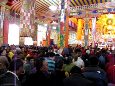 2009.11.10 H.H. empowerment in Rinchin Ling Monostry