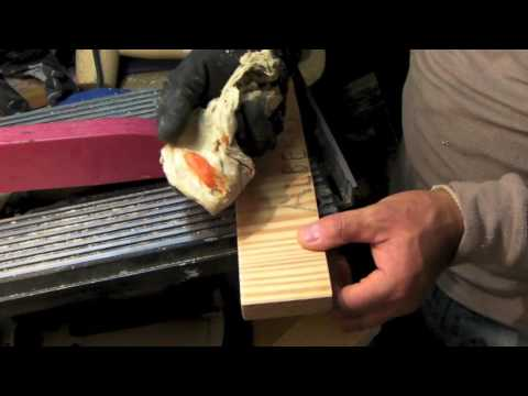 Come utilizzare la cera d 39 api per il legno fai da te mania - Cera d api per legno esterno ...