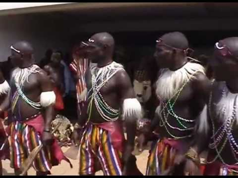 MASQUERADE APPEARED AT A FUNERAL – FESTOUR