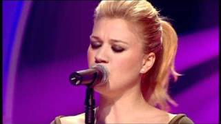 Kelly Clarkson - Because of you (Live)