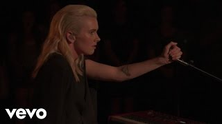 Broods - Free (Live From Capitol Records Studio A)