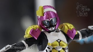 S.H.Figuarts Kamen Rider Poppy Tokimeki Crisis Gamer LevelX / 仮面ライダーポッピー display
