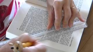 Livres plies, folded books, pliage de livres, plier un livre, livre plié