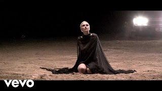 Jessie J - Thunder (Behind The Scenes)