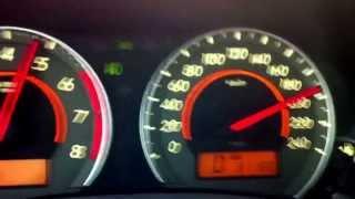 Renault Fluence 2.0 (?) e Corolla 2.0 (gasolina) a 200km/h