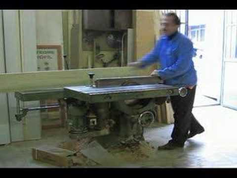 Pelit Mobilya planya makinesi ile kereste yontma