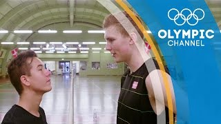 Viktor Axelsen bedazzles PWG Freestyle with his badminton matrix workout   Hitting the Wall